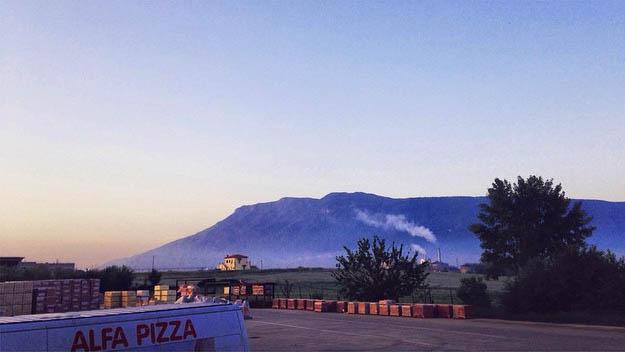 фабрика Альфа Пиццы расположена вИталии вгороде Ананья